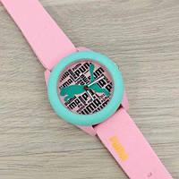 Яркие женские наручные часы Puma Pink
