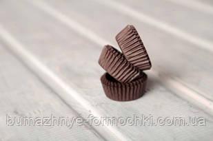 Бумажные одноразовые формочки для конфет коричневые, 30х16 мм