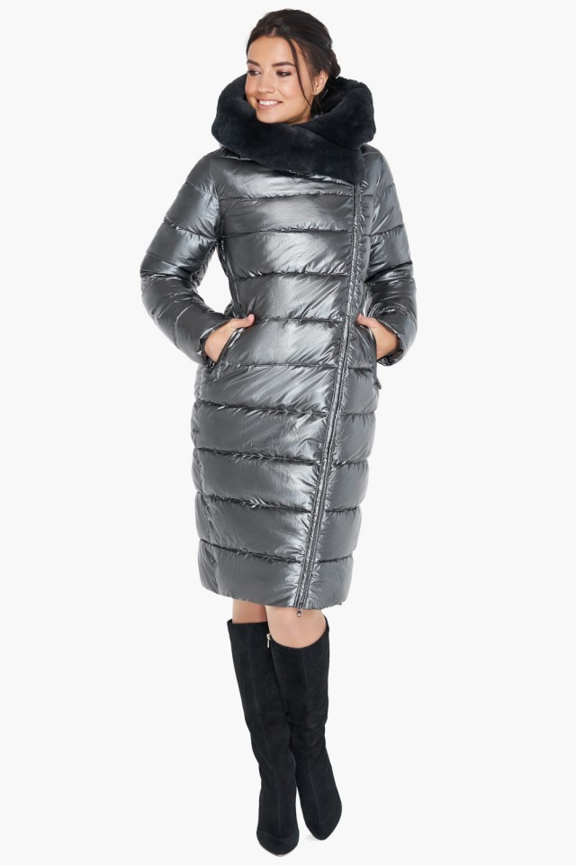 Женская серебряная куртка воздуховик на зиму с натуральным мехом на капюшоне Braggart tez31049 серебро
