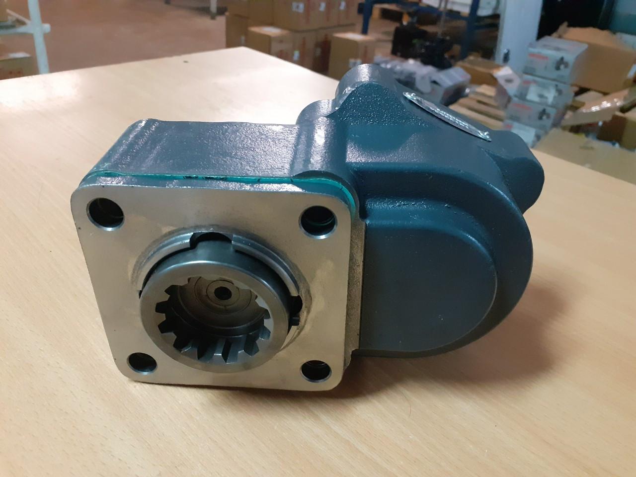 Коробка отбора мощности Hiposan ZF-2 двухшестерная