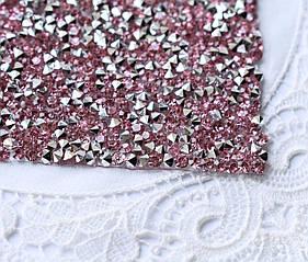 Стразовая ткань, розово-серебристая, 4х5см, Корея