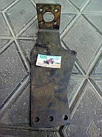 Кронштейн насоса дозатора ЮМЗ-6 45-3400030
