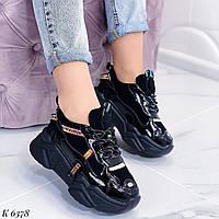 Женские кроссовки черные на платформе эко-замша + эко-лак