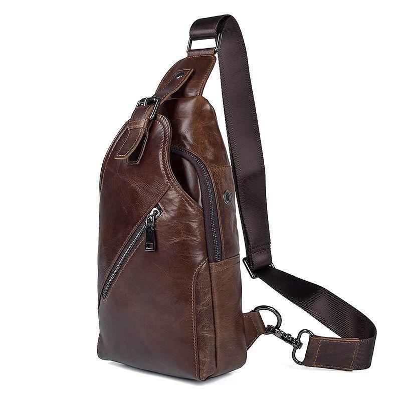 Практичный повседневный рюкзак на моношлейке из глянцевой кожи