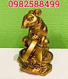 Золотая крыса с монеткой символ богатства, фото 3
