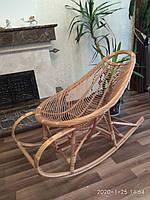 Кресло-качалка шезлонг плетёное из лозы