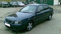 Боковые дефлекторы Hyundai Accent II Sd 1999-2005; Tagaz 2001 (Хьюндай Акцент) Cobra Tuning