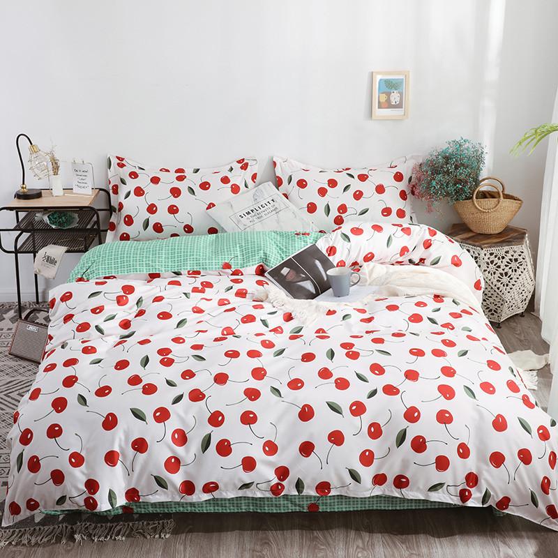 Комплект постельного белья Вишенки (полуторный) Berni Home