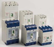 Автоматический выключатель трехполюсный в литом корпусе / корпусной автоматический выключатель,