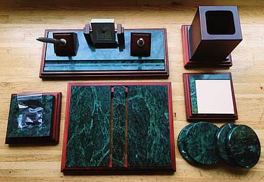 Настольный набор на 6 предметов из натурального дерева и зеленого мрамора Bestar 6277
