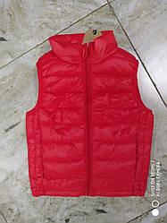 Жилетки детские, подростковые  цвет красный от 110 см и до 164 см