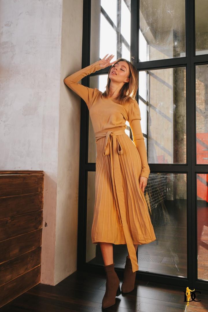 Вязаное платье миди, ткань: хлопок с акрилом. Размер:42-48. Цвета разные. (V 183)
