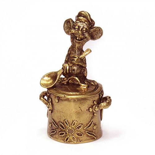 Колокольчик бронзовый Мышь с ложкой на кастрюле