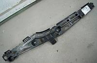 Кронштейн (направляющая , опора) заднего бампера правый (правая) OPEL Insignia hatch (хечбэк) & sedan (седан) до 2013г.