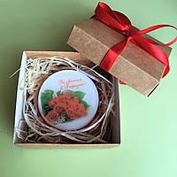 Подарок на 8 Марта - мыло-открытка ручной работы (жене, маме, коллеге) в гладкой крафт-коробочке