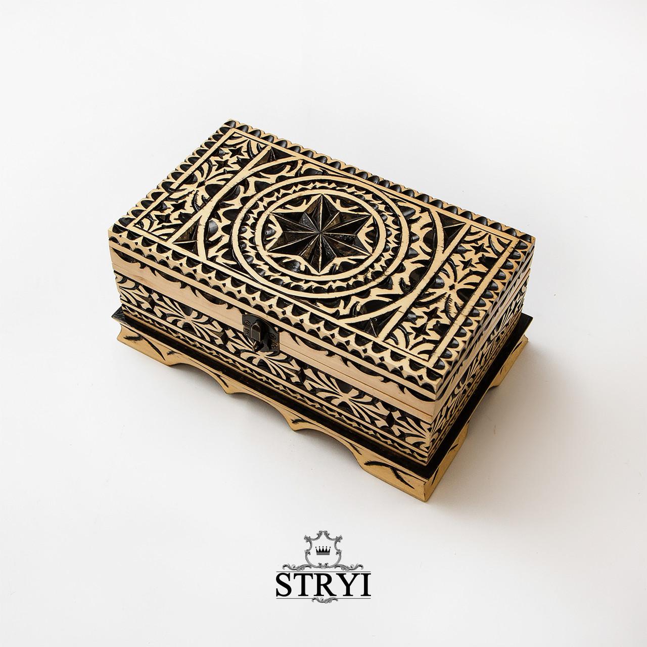 Деревянная шкатулка ручной работы
