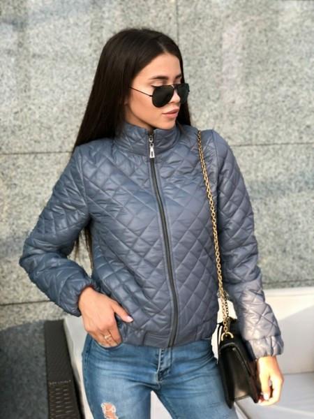 Женская короткая стильная куртка,серого цвета