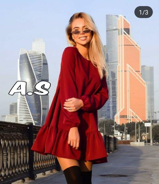 Женское стильное свободное платье,красного цвета