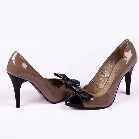 Элегантные туфли - лодочки на высоком каблуке