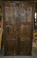Шкаф в классическом дизайне под старину