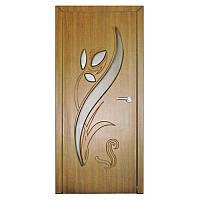 Межкомнатная дверь Неман Тюльпан остеклённая 900 мм дуб золотой