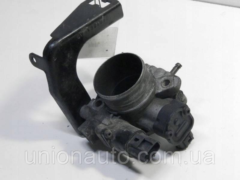 VOYAGER 3 Дроссельная заслонка 3,3 V6 116KW 04861099AA