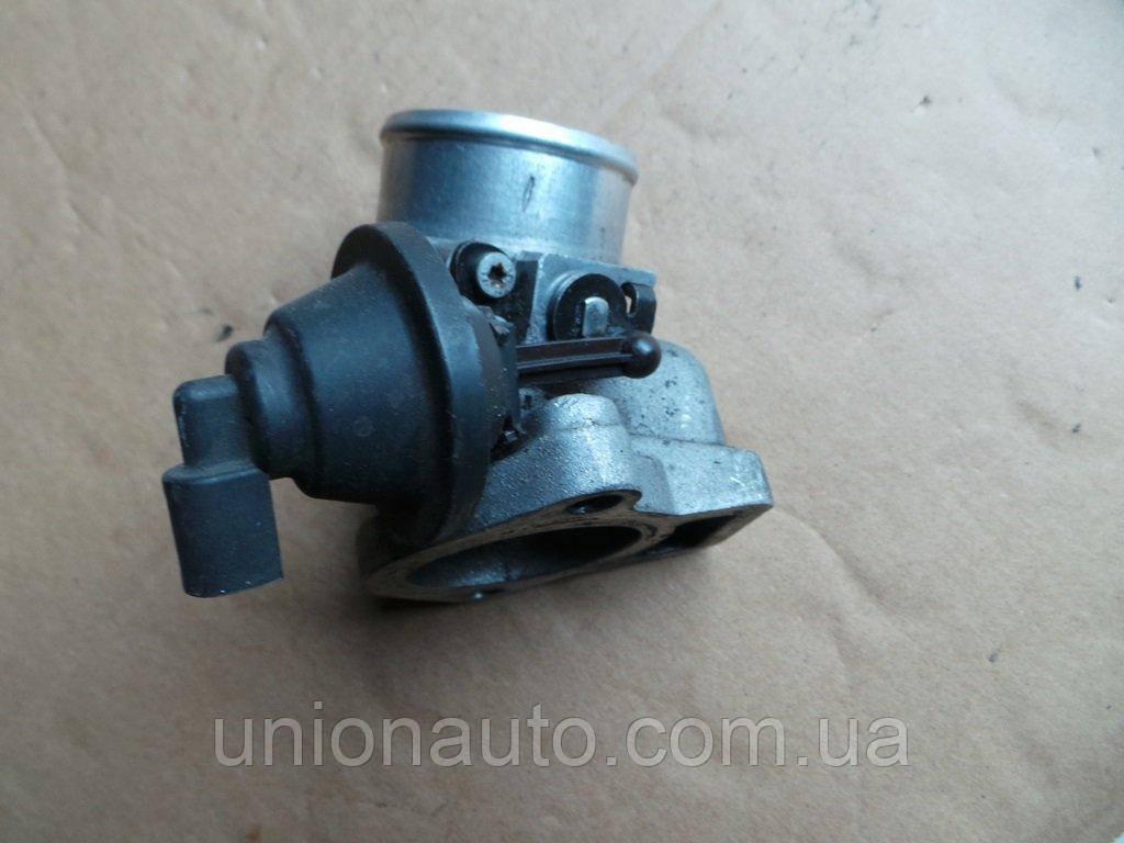 Дроссельная заслонка Skoda Octavia I 2.0 8D0145950B
