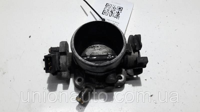 037061T Дросельна заслінка VW VENTO GOLF III 2.0