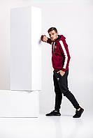 Теплый мужской спортивный костюм, бордовая худи с лампасами и черные штаны (с любым значком бренда), фото 1
