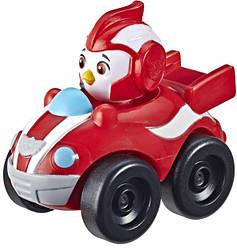 Детская игровая фигурка Отважные птенцы в машинке Top Wing HasbroРод, красный