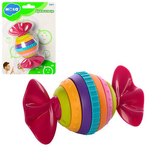 Детская пластиковая погремушка Hola конфета-трещотка, 14х19,5х7 см.