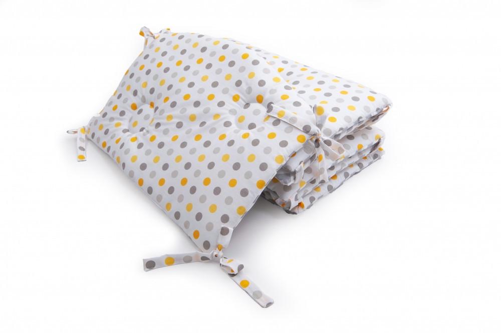 Бампер в детскую кроватку Twins Premium стеганый Горохи 60х40 см., серо-желтый