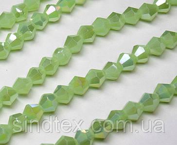 Бусины хрустальные (Биконус)  6х6мм (пачка- 45-50 шт), цвет - непрозрачный светло зеленый с АБ (сп7нг-3763)