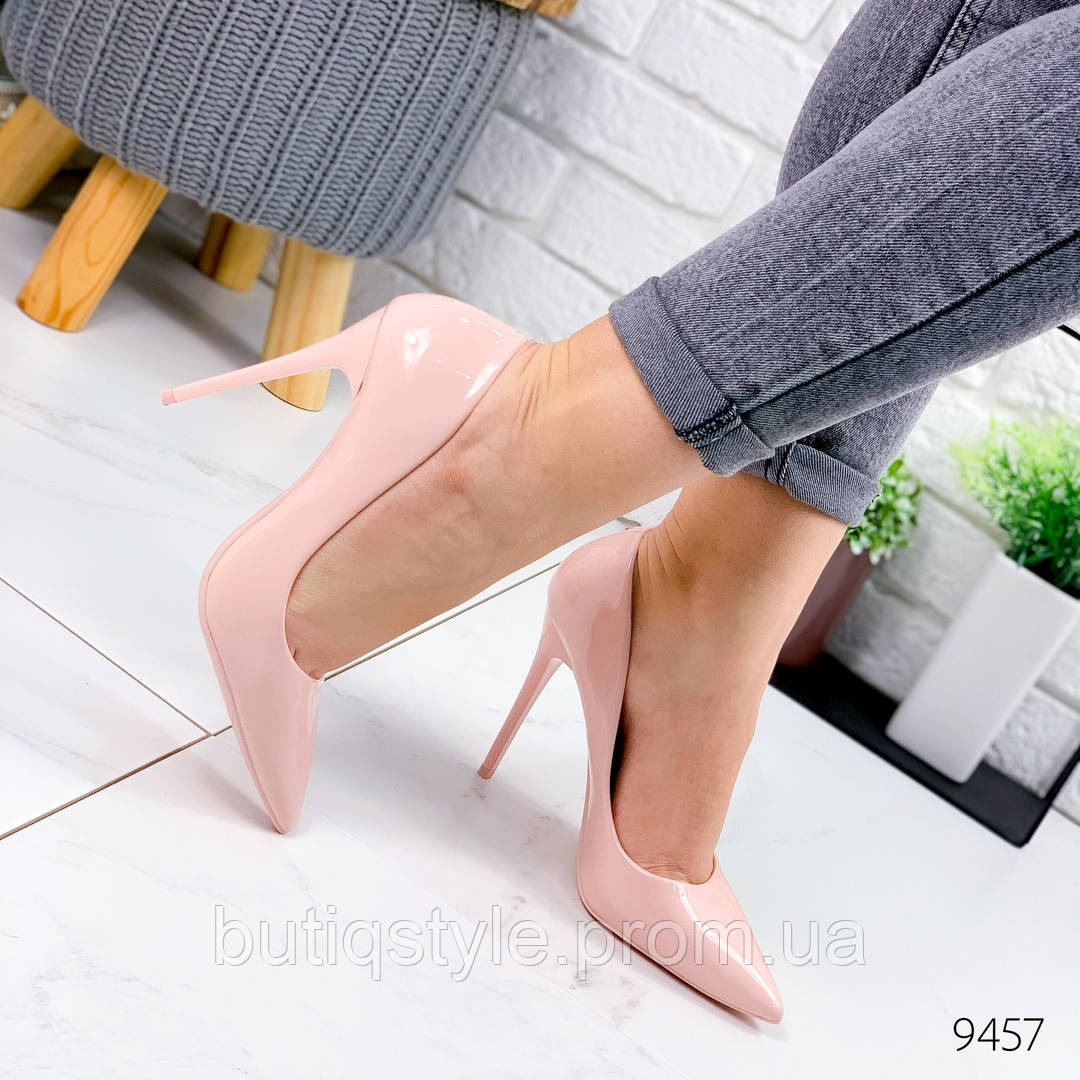 Женские туфли пудра эко-лак на шпильке