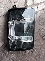 Диодные задние фонари на ВАЗ 2121 Нива тонированные.