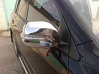Накладки на зеркала с поворотом TOYOTA RAV-4 06-10 г.в.