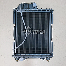 Радиатор водяной МТЗ Д-240 (четырехрядный)