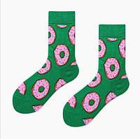 Зеленые носки с пончиками