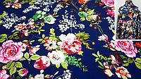 Ткань темно-синяя креп-костюмка с цветочным принтом, фото 1
