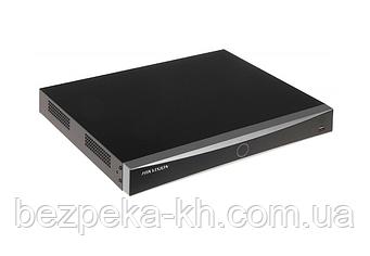 8-канальный IP видеорегистратор Hikvision DS-7608NXI-I2/4S