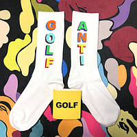 Разнопарные носки с разноцветной надписью