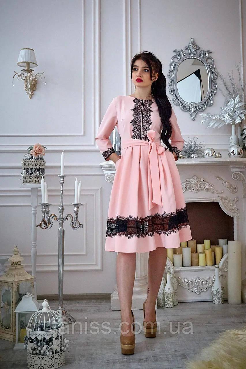 Нарядное женское молодежное платье,  костюмная ткань, франц.кружево р. 46,52 пудра (732) сукня