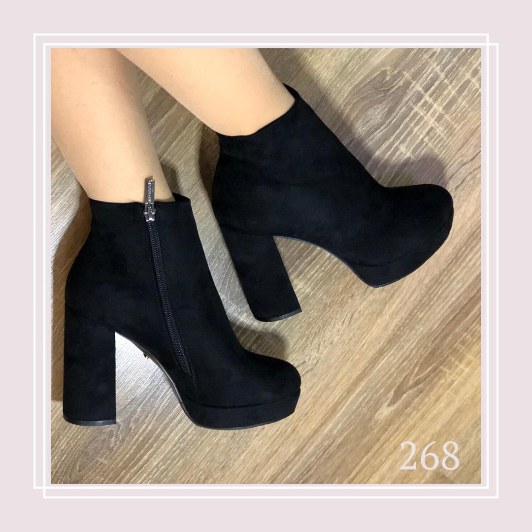 Женские демисезонные ботинки на платформе и высоком устойчивом каблукечерная замша