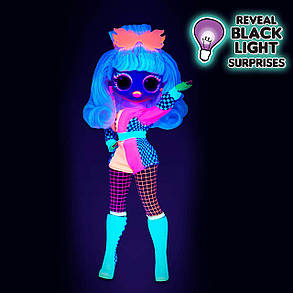 Кукла ЛОЛ ОМГ Светящаяся Леди Гонщик L.O.L Surprise! O.M.G. Lights Speedster 15 Surprises, фото 2