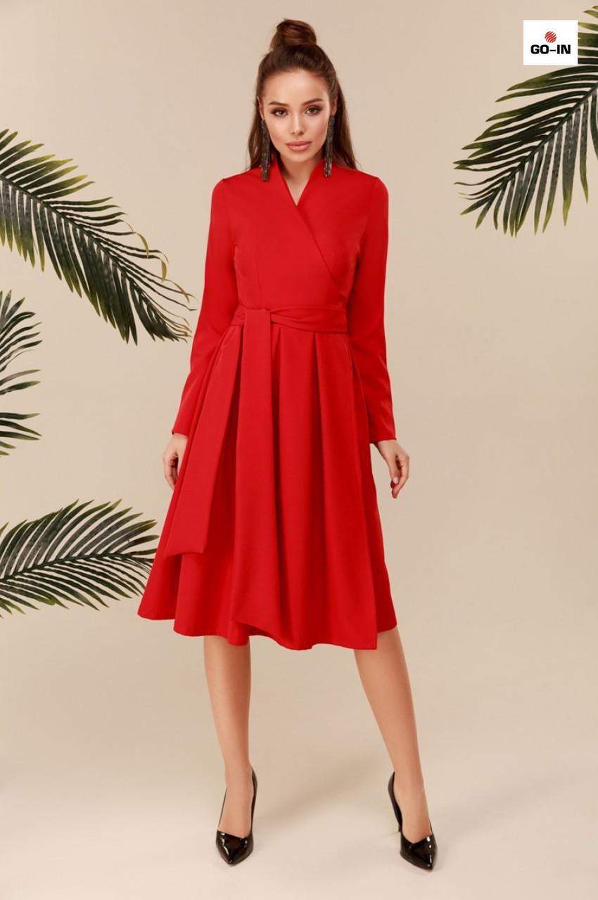 Сукня з поясом і пишною спідницею довге червоне