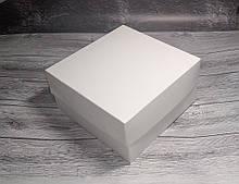 Коробка для 4 кексів, маффінів, капкейків./ 4 кексов, маффинов, капкейков  200х200х105 мм без вікна / без окна