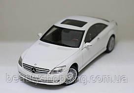 Mercedes-Benz CL-Class White  колекционный автомобиль AUTOart 1:18