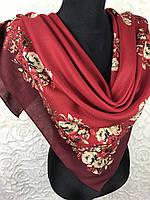 Женский шерстяной платок в украинском стиле бордового цвета с цветочным принтом и растительными узорами