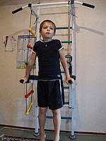 Упражнения на Детском Уголке, шведской стенки