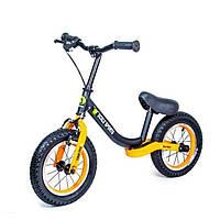 Беговел Star Scale Sports колеса 12 надувные ручной тормоз черно-оранжевый